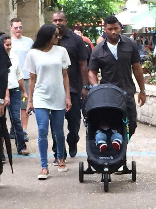 Ciara-baby-Future-and-Russell-Wilson-in-San-Antonio-Texas-1