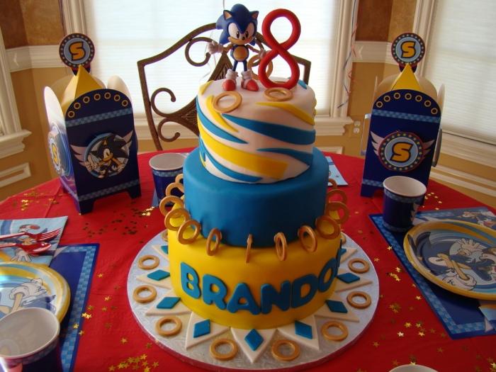 603593GUg_sonic-birthday-cake_900