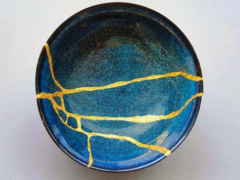 kintsugi-piatto-blu1