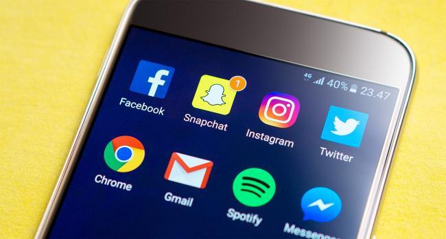 facebook-snapchat-twitter-instagram-messenger